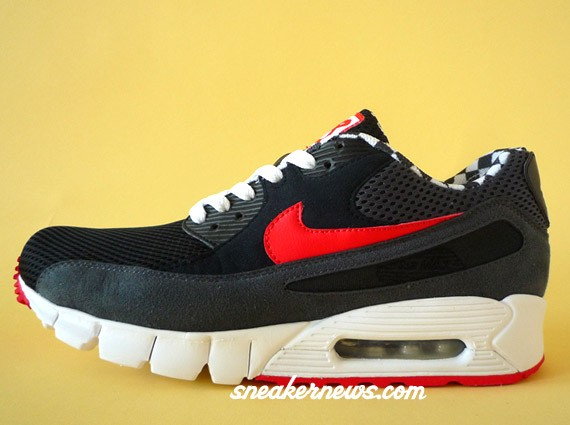 air-max-90-current-drury-01.jpg