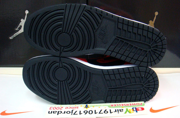air-jordan-i-1-retro-high-black-max-orange-white-6
