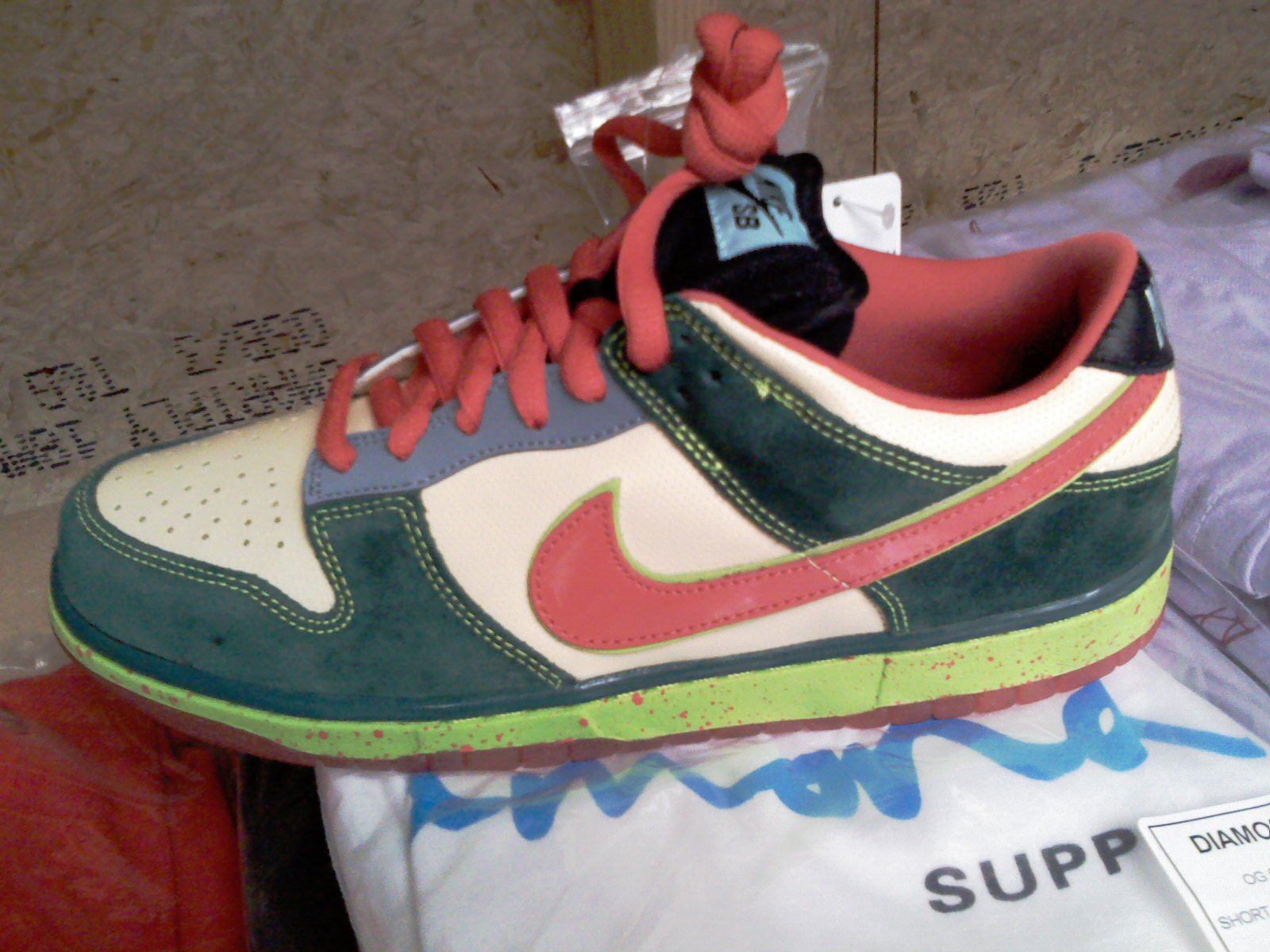 nike-sb-holiday-2008-10.jpg