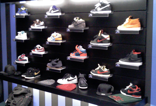nike-sb-holiday-2008-preview.jpg