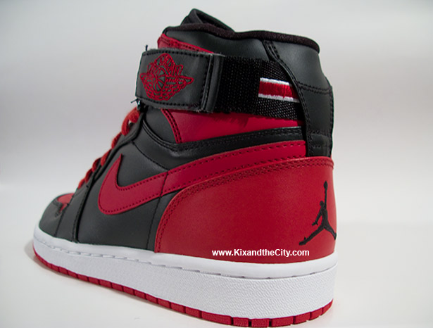 air-jordan-retro-1-high-strap-bred-12