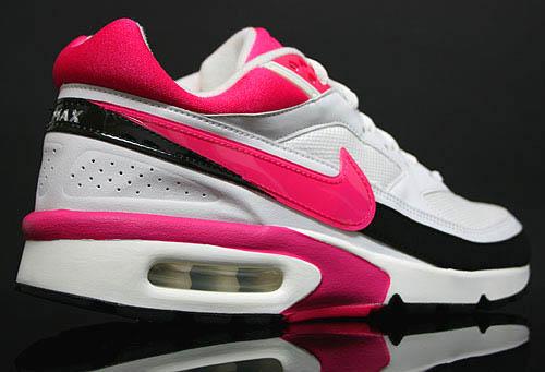 nike-air-classic-bw-vivid-pink-2