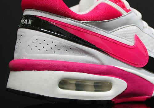 nike-air-classic-bw-vivid-pink-3