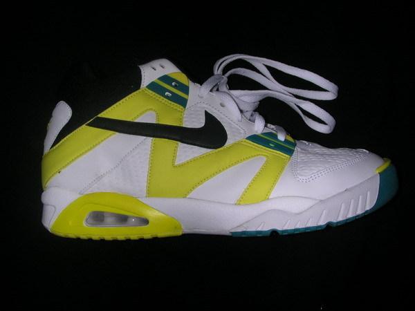 sneakers-shop-report-nyc-10.jpg