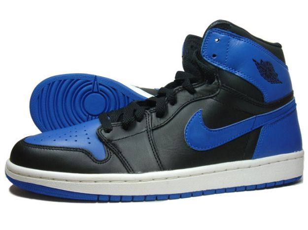 air-jordan-1-i-black-royal-blue-1