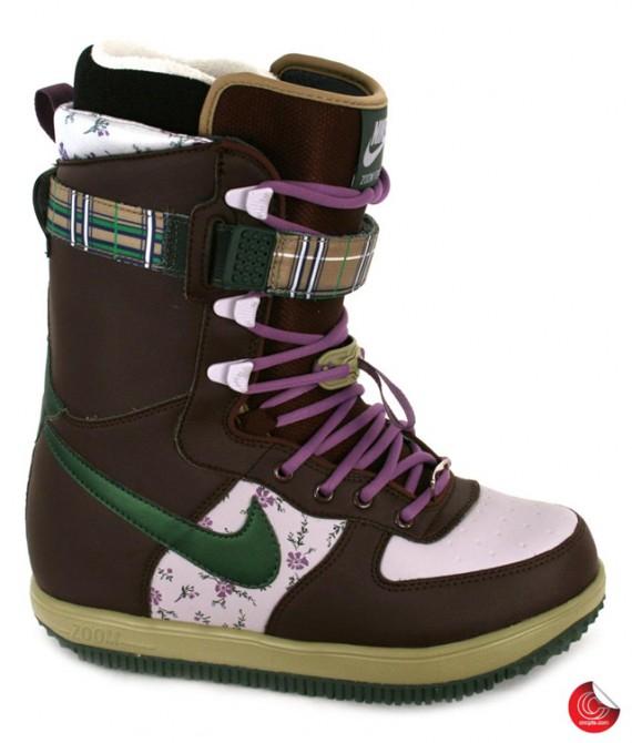 nike_snowboarding_boots_4-570x670