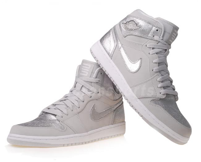 air-jordan-1-neutral-grey-metallic-silver-2010-2.jpg