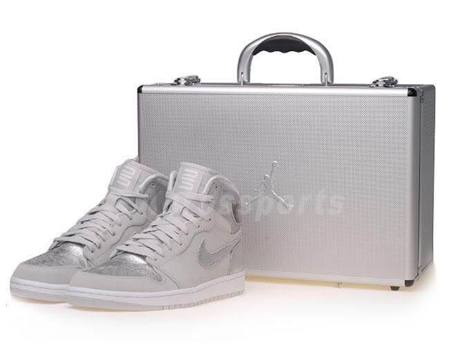 air-jordan-1-neutral-grey-metallic-silver-2010-3.jpg