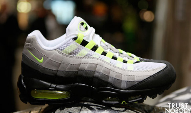 nike air max 95 neon yellow cool grey