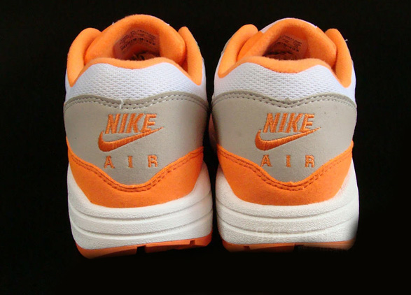 nike-air-max-1-nd-orange-blaze-3