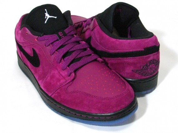 air-jordan-1-low-grapes-1