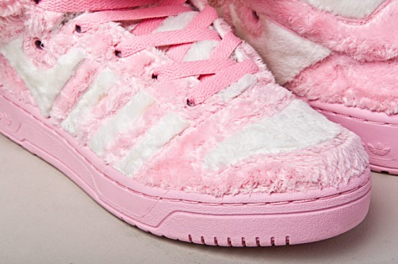 adidas-jeremy-scott-teddy-bears-sneakers-4