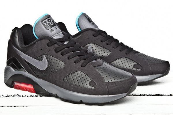 Nike Air Max Run II Nike Air Max Flyknit Mens Worldwide Friends