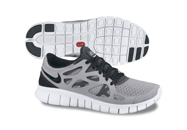 nike free run grey and black