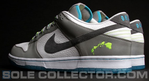nike-dunk-low-2011-nfl-pro-bowl-03