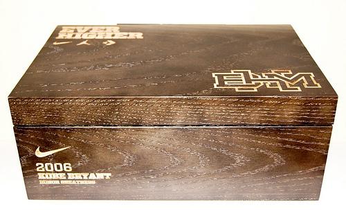 tom cruise isra l - Nike Black History Month: bo?tes en bois sp��ciales - Le Site de la ...