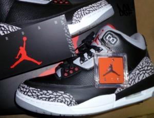 air-jordan-iii-black-cement-2011-retro-2