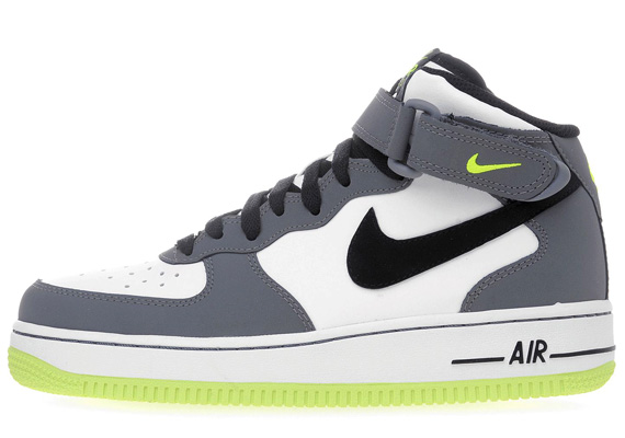 nike air force 1 06 mid