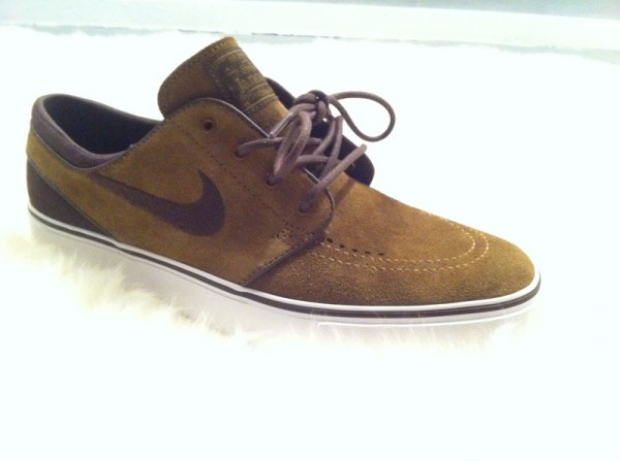 nike-sb-stefan-janoski-low-holiday-2011