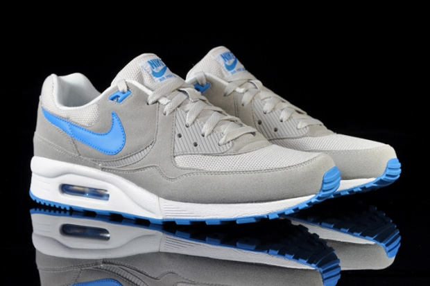 nike air max light neutral grey blue glow white le site de la sneaker. Black Bedroom Furniture Sets. Home Design Ideas
