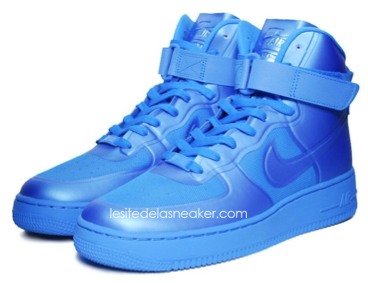 huge selection of 0297c d1eed ... Nike Air Force 1 High Hyperfuse Volt, Solar Red Blue Glow dispos .