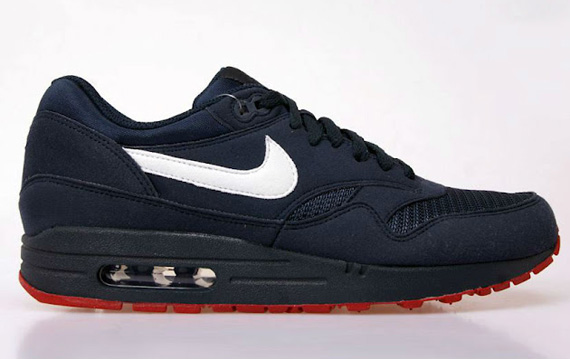 nike-air-max-1-obsidian-university-red-7
