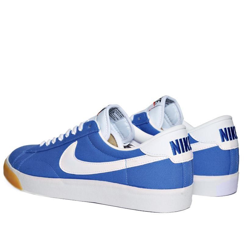 Nike tennis classic ac cnvs italy blue le site de la sneaker for Nike official site italia