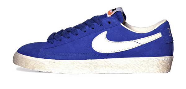 nike-blazer-low-suede-vintage-game-royal-sail-1