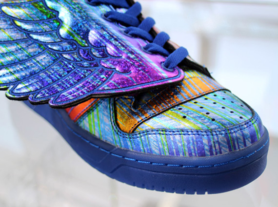 jeremy-scott-adidas-js-wings-rainbow-6