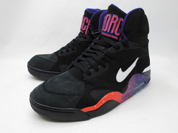 Nike Air Force 180 High; Coloris: BlackWhite Court Purple Rave Pink; Style: 537330 017