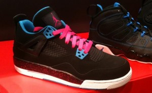 Air-Jordan-4-GS-Black-Dynamic-Blue-Pink
