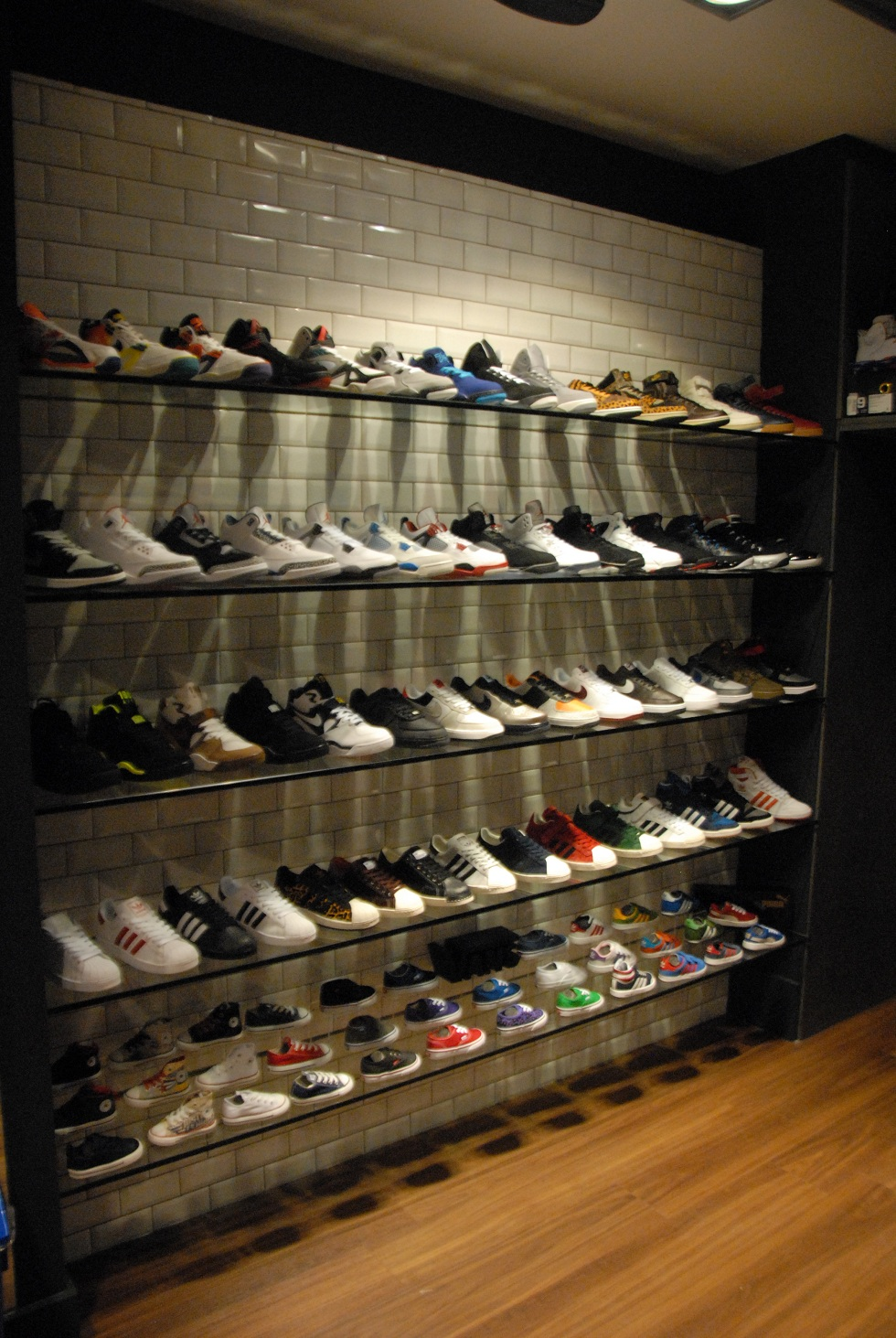 Magasin new balance chatelet - Magasin deco chatelet ...