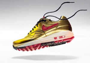 nike-air-max-1-metallic-gold-infrared-1