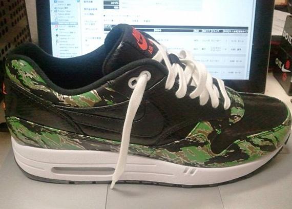 atmos x Nike Air Max 1 Tiger Camo Snakeskin Le Site de la