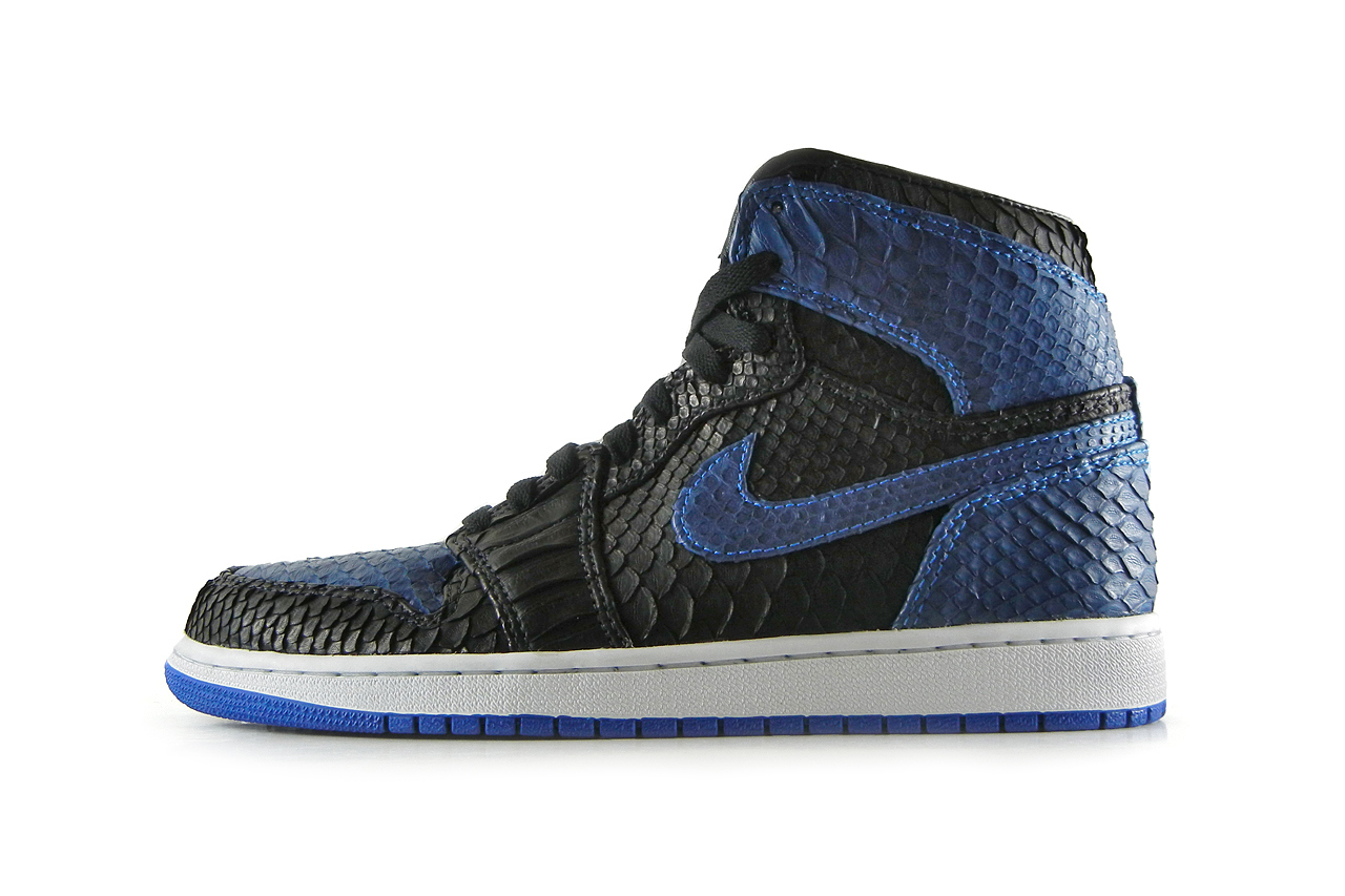 air-jordan-1-black-royal-python-by-jbf-1