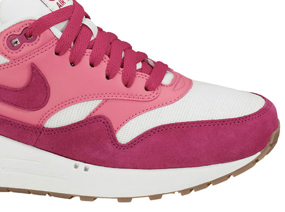 nike-air-max-1-fuschia-pink-02