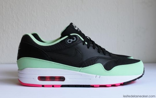 nike-air-max-1-yeezy-