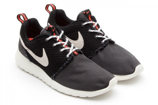 Nike-Roshe-Run-Frayed-Canvas-02