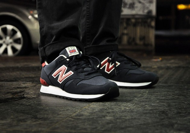 New Balance 670 Noir