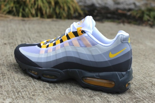 nike-air-max-95-nosew-cool-grey-varsity-maize-3