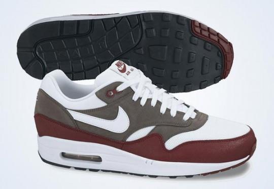 nike-air-max-1-essential-team-red-white-petra-brown-black-august-2013