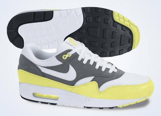 nike-air-max-1-essential-white-white-cool-grey-black-june-2013