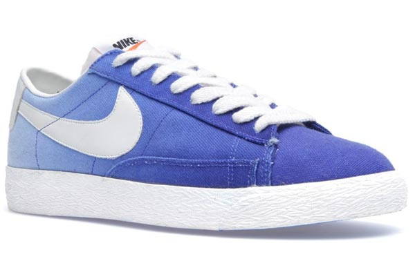 Nike Blazer Low PRM VNTG Canvas Hyper Blue