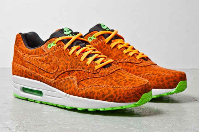 sports shoes 9c7c6 073a5 nike air max orange leopard