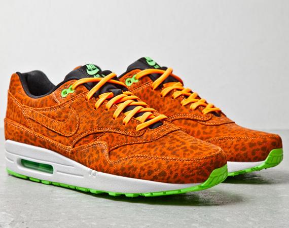 nike-air-max-1-fb-orange-leopard