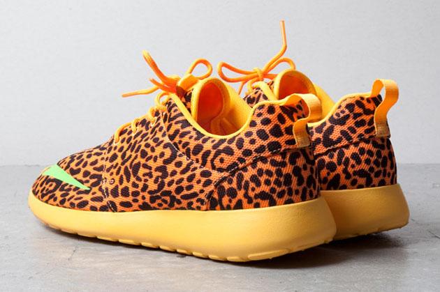nike-roshe-run-fb-orange-leopard-2