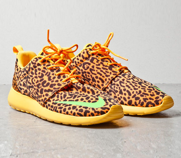 nike-roshe-run-fb-orange-leopard