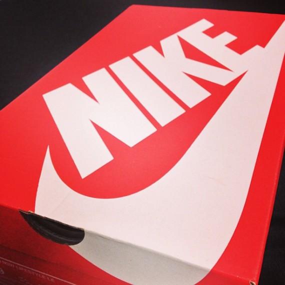 Extrêmement La Boite A Chaussures - Maison Design - Heskal.com BU81
