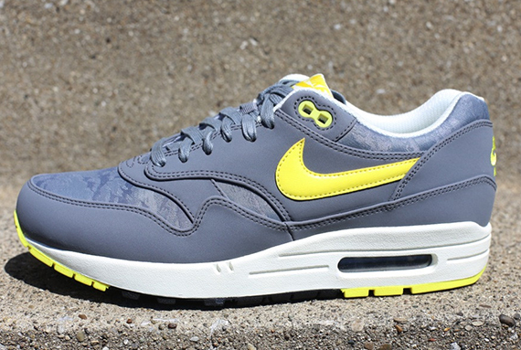 nike-air-max-1-jacquard-grey-yellow-available-1