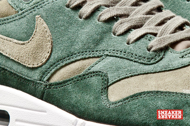 nike-air-max-1-suede-green-3